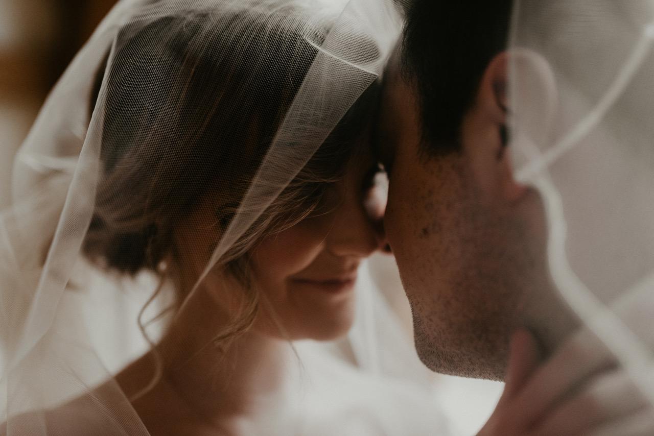 non traditional wedding photographer